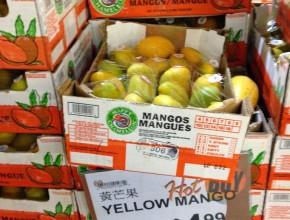 Case of mangos at 99 Ranch